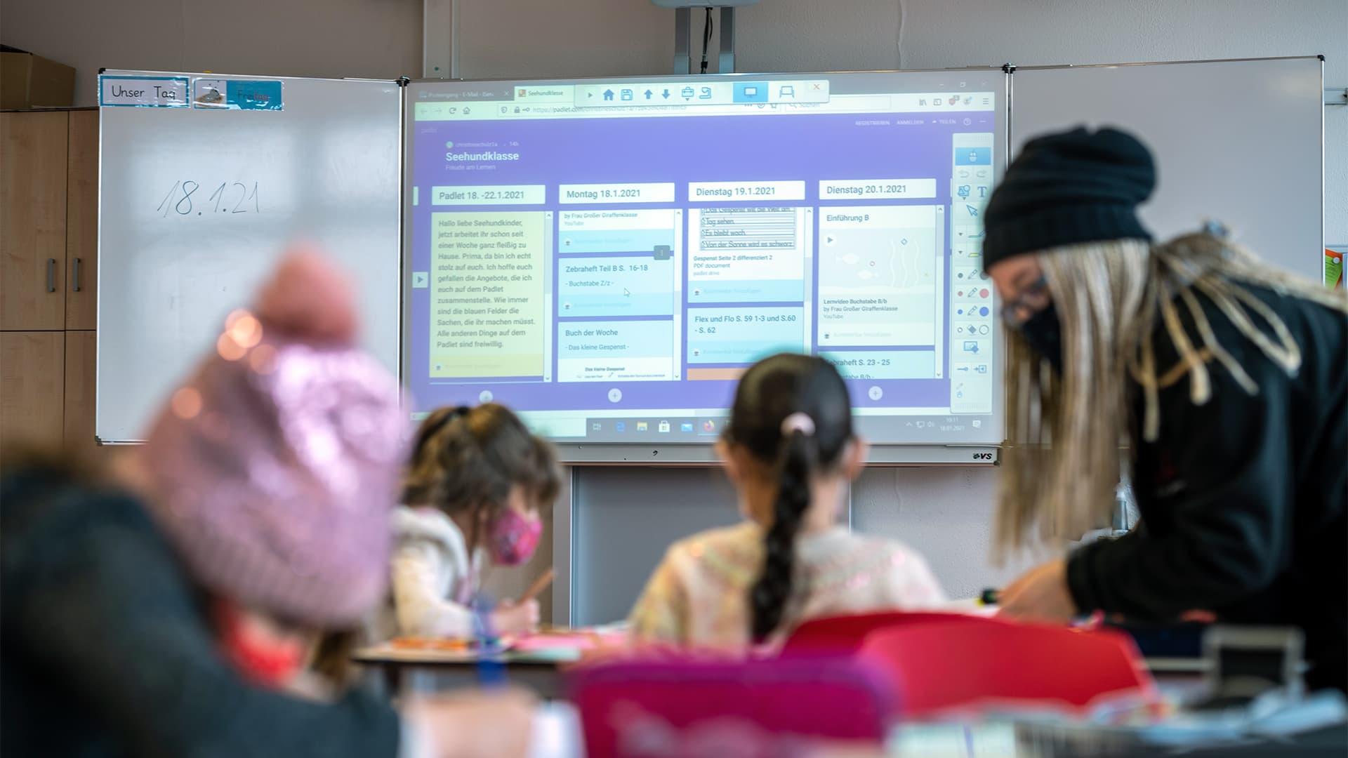 Digitaler Unterricht im Klassenzimmer